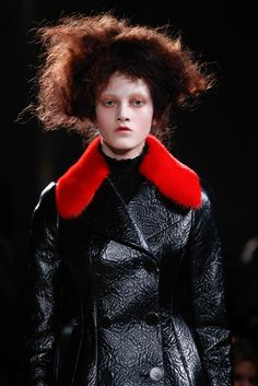 Red/Black- check; Tooled leather- check; Awesome- yes!!!...Alexander McQueen Fall 2015 Ready-to-Wear