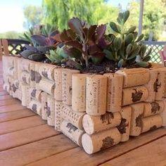Wine Cork Projects, Wine Cork Crafts, Wine Bottle Crafts, Diy Craft Projects, Diy Crafts, Wine Bottles, Simple Crafts, Wooden Crafts, Cork Art