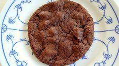 Best-in-the-Universe Hazelnut Dark Chocolate Chunk Cookies | TheFlamingVegan.com