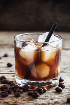 If you love coffee as much as we do, then drinking it year 'round is a must. Chill it down for the summer with this cold brew cocktail featuring Absolut Watermelon Vodka. Sooo Good! After Dinner Cocktails, Summer Cocktails, Kahlua Recipes, Bar Recipes, Kahlua Drinks, Watermelon Vodka, Sweet Coffee, Coffee Tasting, Russian Recipes