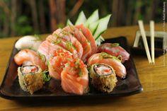 Kony Sushi Bar (jantar)    Combinado de Salmão RW  Sashimi de salmão, sushi de salmão e sushi skin, hot roll especial e acelga roll