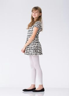 Girls Dresses Tween, Girly Girl Outfits, Cute Dress Outfits, Cute Girl Dresses, Girls Wear, Cute Young Girl, Cute Little Girls, Colored Tights Outfit, Mommys Girl