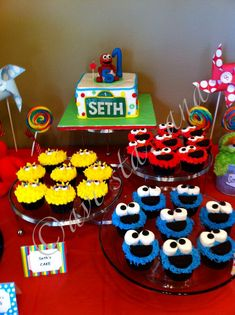 Brilliant Inspiration Sesame Street 1st Birthday Cake And Aesthetic Party Ideas Delicious Cakes
