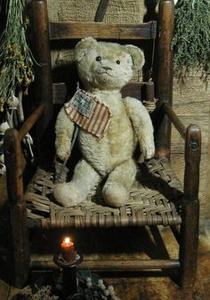 Love this Americana bear and flag - what could be more patriotic !