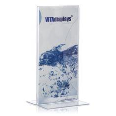 Dieser Werbeaufsteller aus Acryl (PLEXIGLAS® XT) hat das Format DIN lang (im Hochformat) und besticht durch seine qualitativ hochwertige Verarbeitung. Die Ausführung als T-Ständer ermöglicht eine beidseitige Präsentation Ihrer Werbemittel. Die transparente, leicht zu reinigende Oberfläche sorgt jederzeit für eine gute Sichtbarkeit. Unser Werbeaufsteller acryl ist auch als L-Ständer (im Hochformat) erhältlich.