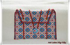 Taschenorganizer - Filztäschchen für Reisepass, Fahrzeugschein ... - ein Designerstück von Filz-Tilly bei DaWanda
