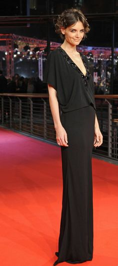 f8e5d1dde62f Katie Holmes... looks 7 feet tall here haha Lil Black Dress