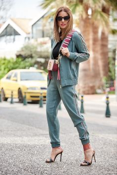 My way to wear a tracksuit My Way, Marc Jacobs, Personal Style, Suits, How To Wear, Fashion, Moda, Outfits, Fashion Styles