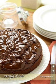 Torta di castagne e cioccolato, ricetta senza burro, autunnale. Ottima per occasioni speciali, colazione, merenda. Un dolce soffice morbido e goloso.