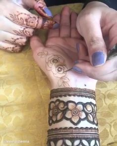 Best 11 Mehndi henna designs are always searchable by Pakistani women and girls. Women, girls and also kids apply henna on their hands, feet and also on neck to look more gorgeous and traditional. Henna Hand Designs, Mehndi Designs Finger, Rose Mehndi Designs, Latest Bridal Mehndi Designs, Simple Arabic Mehndi Designs, Mehndi Designs For Girls, Mehndi Designs 2018, Mehndi Designs For Beginners, Modern Mehndi Designs