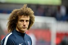 Chelsea Agree To Re-Sign Luiz For 32 million    Chelsea have agreed terms to re-sign Brazil defender David Luiz from Paris Saint-Germain the two clubs announced on Wednesday.  But the 29-year-old was in danger of losing his place to compatriot Marquinhos this season and with new Chelsea manager Antonio Conte desperate for defensive reinforcements the Blues have agreed to bring him back to Stamford Bridge for a reported 32 million. Chelsea Football Club and Paris Saint-Germain have agreed…