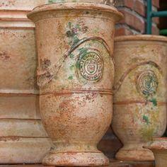Poterie Le Chêne Vert, vase d'Anduze de forme allongée, porte-parapluie, objet de décoration