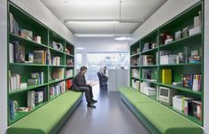 Shelving and seating combo