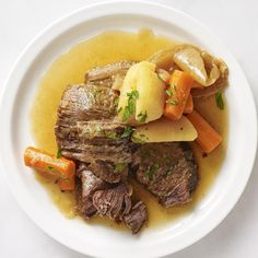 """Easy Pressure Cooker Pot Roast 