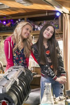 Best Friends Whenever Fight the Future Part 3 Photos with Landry Bender and Lauren Taylor