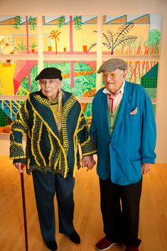 Joni Mitchell and David Hockney at L. Louver gallery in Los Angeles, where Mr. Hockney's solo exhibition is on view. David Hockney Paintings, David Hockney Artist, David Hockney Portraits, Johnny Cash Show, Pop Art, Prinz William, Elisabeth Ii, Slide Guitar, Green Cardigan