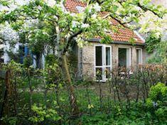 b&b eigen huisje in idyllische tuin