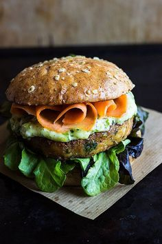 Spicy chickpea burger with coriander mayo and pickled carrots. A simple, cheap and tasty meal which is gluten free and can be vegan using vegan mayo. Burger Recipes, Veggie Recipes, Vegetarian Recipes, Cooking Recipes, Healthy Recipes, Healthy Food, Fish Recipes, Lunch Recipes, Chickpea Burger