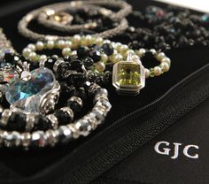 GentleJewelryCase.com, the best travel case for jewelry!  No more kinks and tangles.  In original black nylon logo, pink, zebra, and silver.  Great gifts.  http://www.youtube.com/watch?v=FCDifqm67MU
