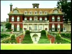 """houseparts: """"Old Westbury Gardens"""" - On any list of the most important houses in the U., you're sure to find Old Westbury Gardens, located in Old Westbury, NY, on the North Shore of Long Island. Glasgow, Old Westbury Gardens, Westbury Manor, American Mansions, English Architecture, Georgian Architecture, Classic Architecture, A New York Minute, Garden Route"""