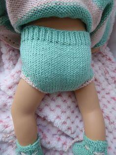 Hello to everyone ! Nadia made the bolero cardigan from my tutorial (click!) For her Bibichou, and I found it so much . Nadia offers us a tutorial for Bibichou! - 1000 & 1 things Nora Idri noraidri Layette Hello to everyone ! Nadia made the boler Knitting Dolls Clothes, Baby Doll Clothes, Doll Clothes Patterns, Diy Clothes, Baby Dolls, Knitting For Charity, Baby Knitting, New Baby Dress, Baby Dresses