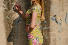 Green color dress with floral print and pink belt by Be Chic Fashion picture #5