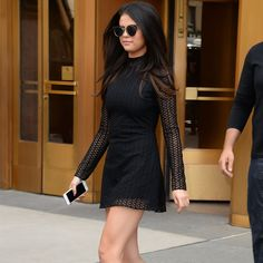 5 Times Selena Gomez Proved All-Black-Everything Is the Opposite of Boring Selena Gomez's Five Latest Outfits Prove Black Is Anything But Boring Selena Gomez Tumblr, Estilo Selena Gomez, Selena Gomez Outfits, Selena Gomez Style, Selena Gomez Dress, Selena Selena, Vans Era, Silvester Outfit, All Black Everything