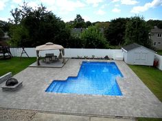 16x32 staggered L-shape vinyl liner pool - Stony Brook, NY http://greenislanddesign.com/pools.php
