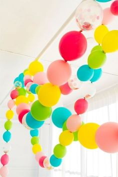 Linking Balloons Party Garland! / Guirlande de ballons by frankie