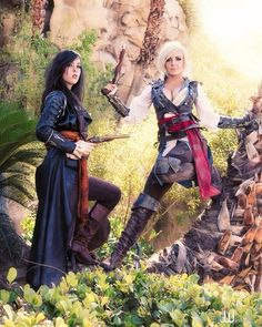 Monika Lee and Jessica Nigri- Assassin's creed black flags