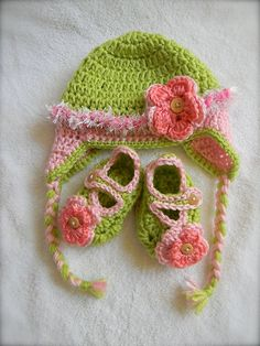 NEW Baby Girl gift set pink and green. $30.00, via Etsy.