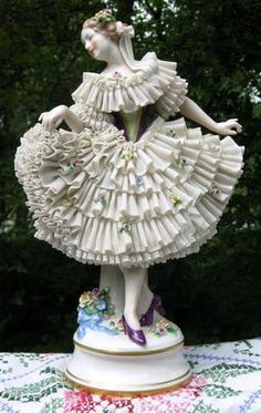 1599 Best Dresden Lace Figurines images in 2016 | Dresden porcelain