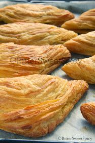 BitterSweetSpicy: Indian Curry Puff a.a Karipap Bai. Asian Snacks, Asian Desserts, Curry Puff Recipe, Malta Food, Puff And Pie, Malaysian Dessert, Tandoori Masala, Puff Pastry Recipes, Tasty Pastry