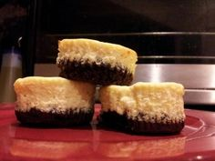 source: s-media-cache-ak0.pinimg.com Brian actually came across a recipe for cheesecake cupcakes & immediately requested I [. I am trying to lose weight going low carb keto but with no success.…