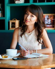 Писательство - призвание #писатель #девушка #кафе #отдых