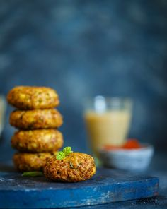 You will love these soya chunks cutlet as a starter or a tea-time snack. These cutlets are vegetarian and you can even pack them up in your kid's lunch box.