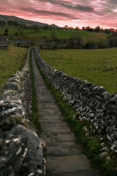 Walkway in Yorkshire Dales, England_ UK