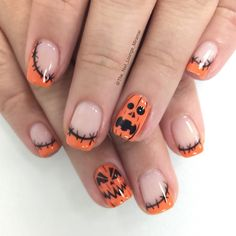 Halloween pumpkin nail art design
