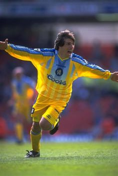 13 April Gianfranco Zola of Chelsea celebrates his goal during the FA Cup Semi Final against Wimbledon at Highbury Chelsea Football Team, Chelsea Fc Players, Football Kits, Gianfranco Zola, Doncaster Rovers, Bristol Rovers, Association Football, Most Popular Sports, Vintage Football