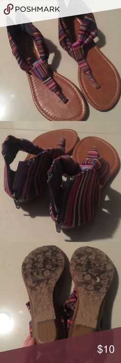 Top Moda striped sandals Top Moda sandals in colorful, striped pattern. Back zip closure. Very comfortable and go with any casual outfit! Super cute and only worn a couple times. 🌈😍 Shoes Sandals