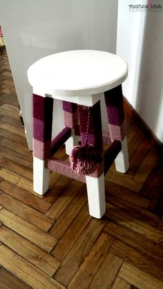 Stool and yarn Spray Paint Furniture, Diy Home Furniture, Deco Furniture, Upcycled Furniture, Painted Furniture, Diy Home Decor, Room Decor, Mexican Restaurant Decor, Painted Stools