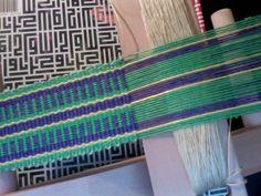 Page 41 Helene Bress Inkle Weaving book Inkle Weaving Patterns, Weaving Textiles, Loom Weaving, Loom Patterns, Weaving Designs, Weaving Tools, Card Weaving, Tablet Weaving, Medieval Embroidery