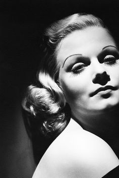 Jean Harlow. Photo by George Hurrell.