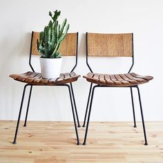 We had barstools just like this in our house when I was a kid. The seats swiveled. Endlessly entertaining.