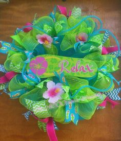 Check out this item in my Etsy shop https://www.etsy.com/listing/453698344/summer-wreath-aloha-hawaiian-flip-flop