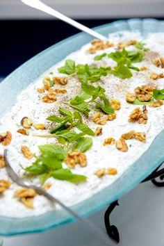 Mast o Khiar ( yogurt and cucumber)