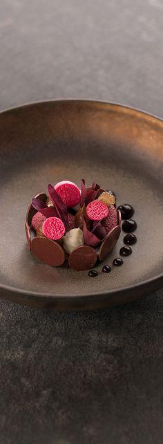 Dessert - Beetroot, Dark chocolate, Truffle fingerlime. Two star Michelin Restaurant Aan de Poel Stefan van Sprang. Amstelveen The Netherlands. Food Photography