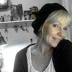 Купить или заказать Коллекция елочных игрушек из ваты 'Старинное Рождество' в интернет-магазине на Ярмарке Мастеров. Гимназистки румяные....