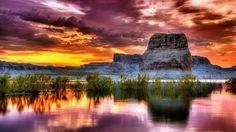 Glorious sunset at Lake Powell, Utah, Arizona, USA Sunset Wallpaper, Scenery Wallpaper, Of Wallpaper, Nature Wallpaper, Lake Powell Utah, Lac Powell, Louise Bourgoin, Water Reflections, Amazing Sunsets