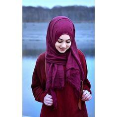 Beautiful Hijab Girl, Beautiful Muslim Women, Beautiful Girl Photo, Hijab Niqab, Hijab Chic, Mode Hijab, Hijab Outfit, Stylish Girl Pic New, Stylish Girls Photos